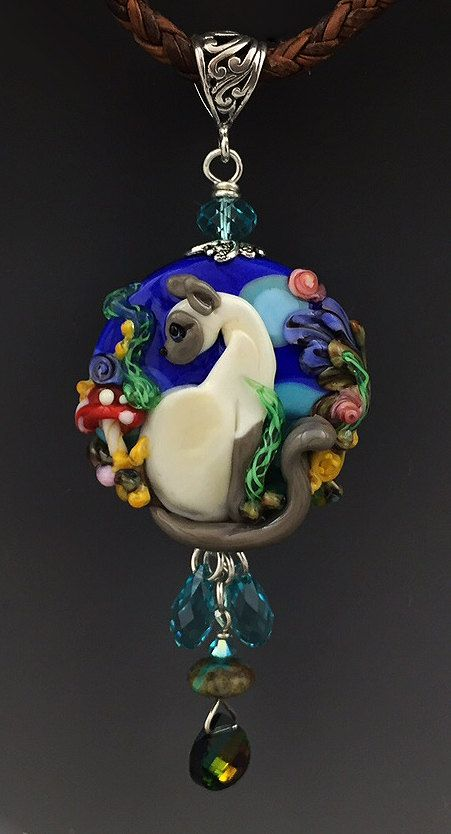 Hey, I found this really awesome Etsy listing at https://www.etsy.com/listing/234481615/blue-point-siamese-garden-cat-handmade