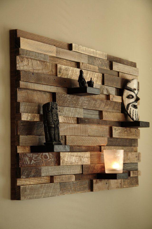 offenes Wandregal-wiederverwertetes Holz-Dekorationsstücke arrangieren