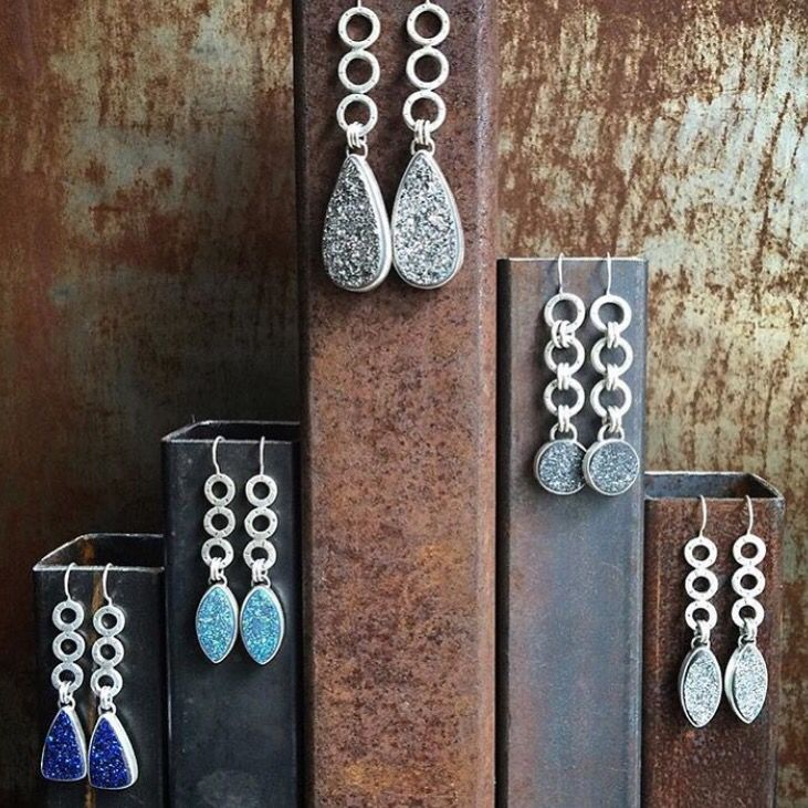 Steel pipe earring stand