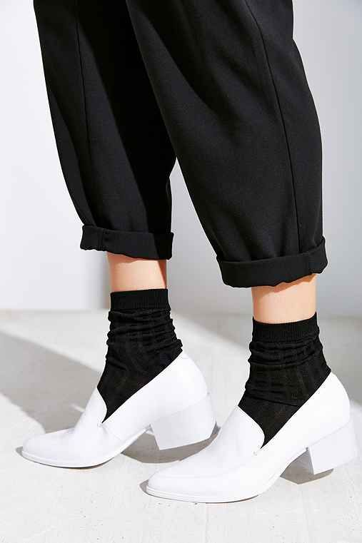 Urban Outfitters Vagabond Marja Pointy Loafer