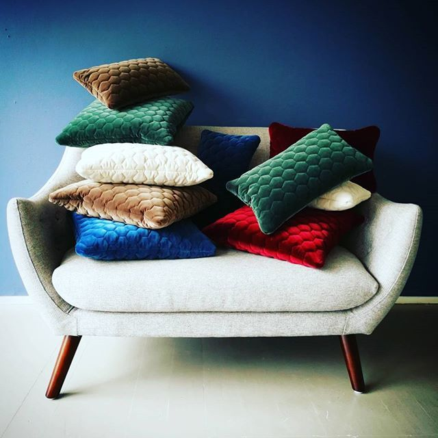 We couldn't decide which DIAMOND cushion that matched the poet couch so we went with all of them #diamond #velvet #cushions #overload #handmade #luxery #danishdesign #interiordesign #homedecor #lifestyle #living #decor #furniture #cozy #design #collection #chill #instahome #inspiration #bedroomdecor #homestyle #love #photooftheday #instagood #picoftheday