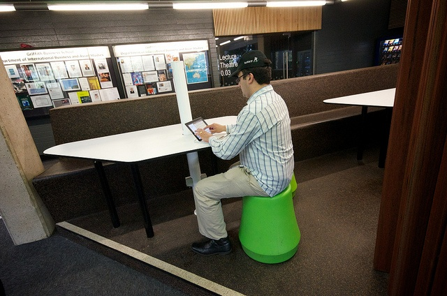 Griffith University - WIFI enabled, external & informal spaces