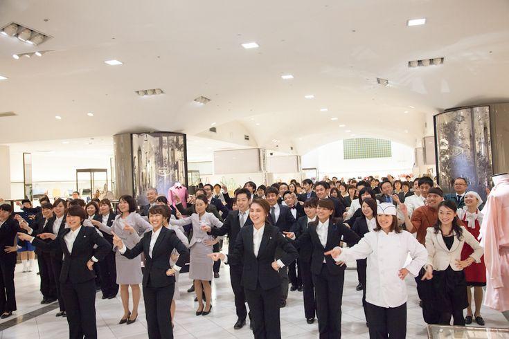 伊勢丹スタッフ約500人でダンス!「ISETAN-TAN-TAN」撮影の舞台裏     AdGang