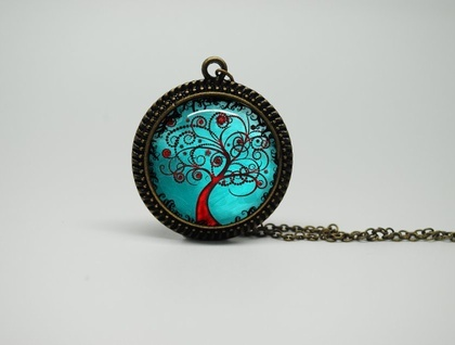 Vintage Style Glass Necklace with Beautiful Baby Blue Tree and Vintage Style Chain