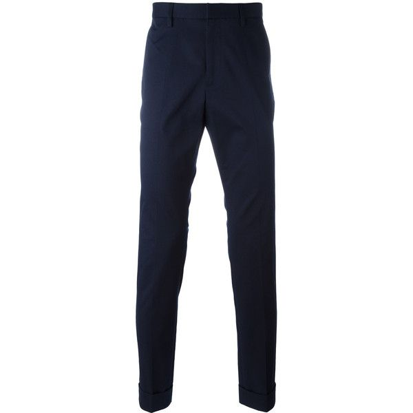Gucci bee embroidered classic chinos ($625) ❤ liked on Polyvore featuring men's fashion, men's clothing, men's pants, men's casual pants, blue, mens slim fit chino pants, gucci mens pants, mens slim fit pants, mens slim pants and mens blue pants