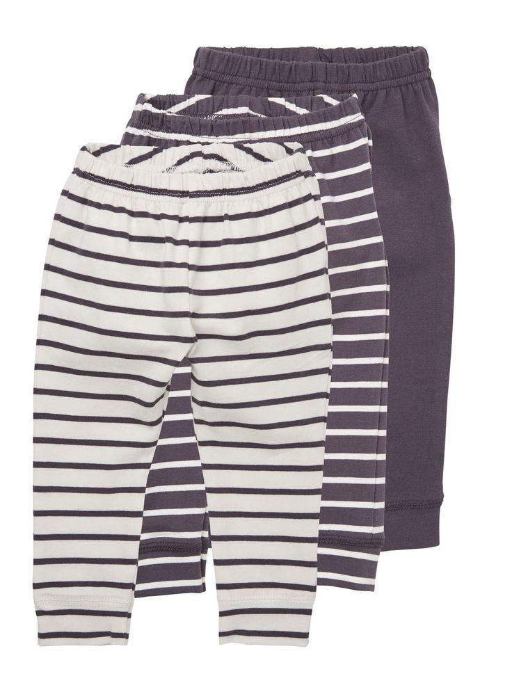 Vauvan housut sinisessä värissä. # kpl setti. Hinta 34,95.  Merkki: Minimize.  95% puuvillaa, 5 % elastaania.   http://www.mammas.fi/product/85/vauvan-housut---3-pakkaus-sininen