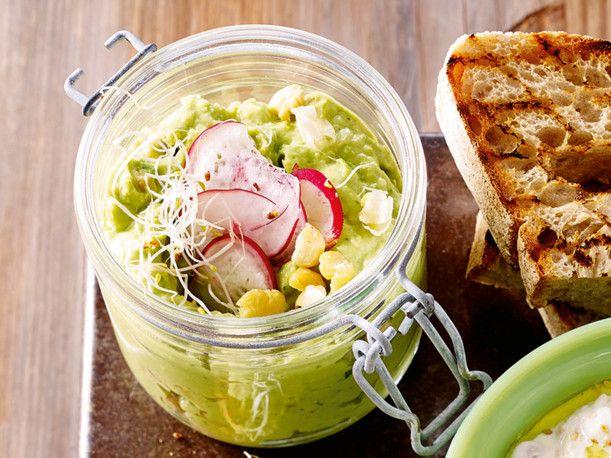 Unser beliebtes Rezept für Avocadohummus und mehr als 55.000 weitere kostenlose Rezepte auf LECKER.de.