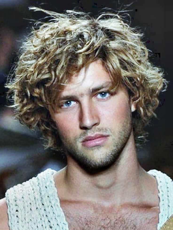 Long Curly Hairstyles Men   Mens Hairstyles and Haircuts ...