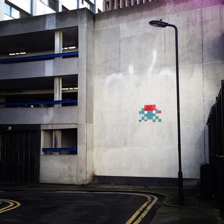 Interesting one by sainthon #spaceinvader #unas (o) http://ift.tt/1SV5tEA by #coventgarden from a couple years ago @invaderwashere #invaderwashere #streetart #streetartlondon #80svideogames