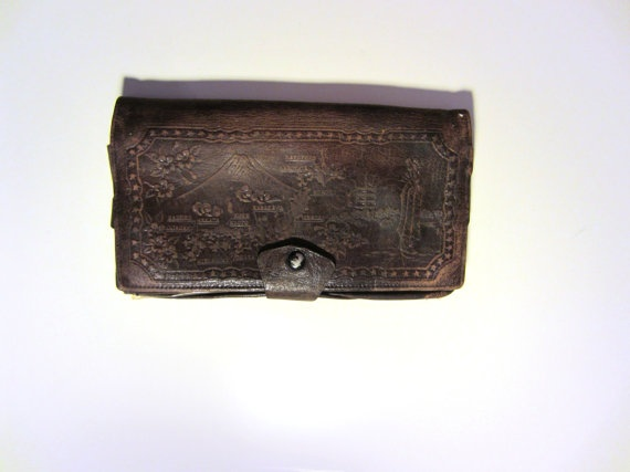40s/50s Distressed Japanese Tooled Brown Leather Wallet