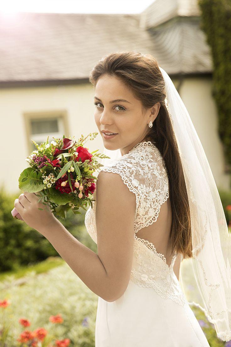 27 best Hochzeitskleider images on Pinterest | Flower girls, Wedding ...