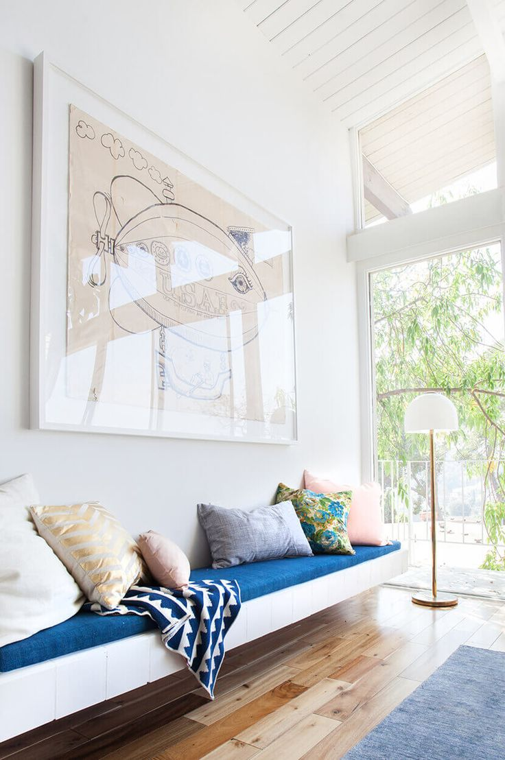Mountain Stripes Throw In Cobalt In Emily Hendersonu0027s AWESOME House!