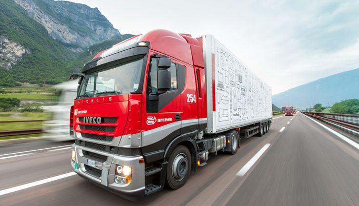 arcese servizio fotografico logistica corporate camion