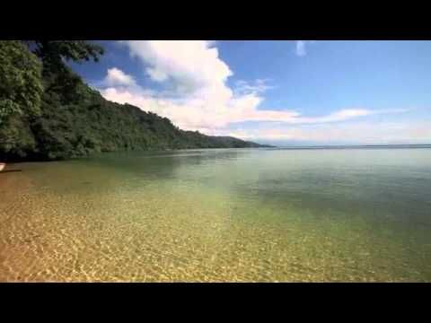 Crustahunter on Tour: Lake Poso. Video by Chris Lukhaup. go there with us http://www.wego.co.id/?ts_code=464dc&sub_id=&locale=id&utm_source=464dc&utm_campaign=WAN_Affiliate&utm_content=text_link