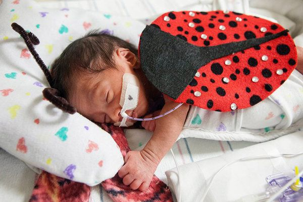 These Awesome NICU Nurses Made Halloween Costumes For Their Preemie Patients