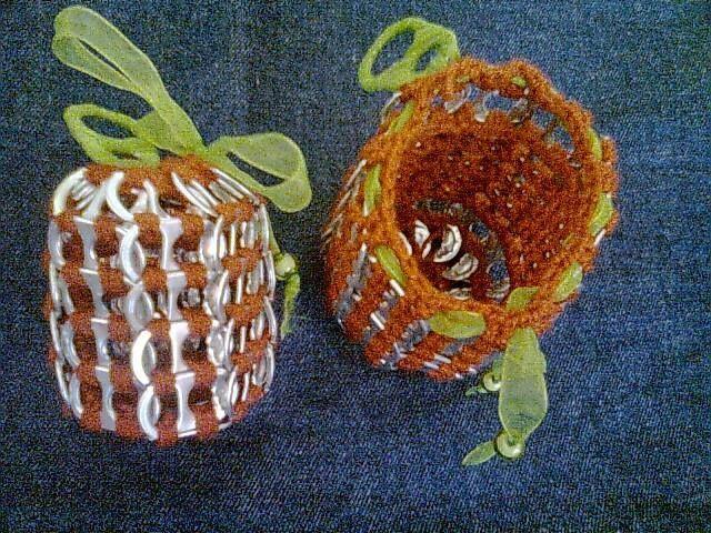 manzanitas que se pueden abrir para guardar cositas dentro.
