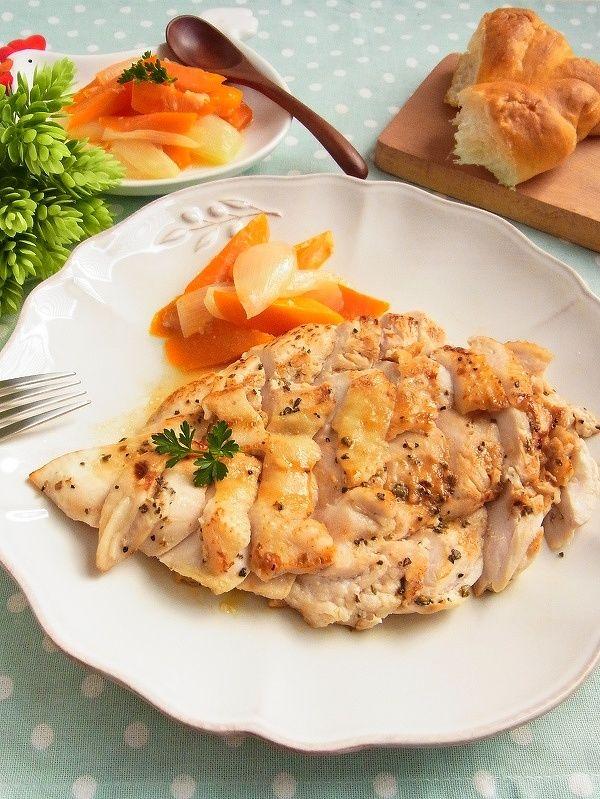 鶏むね肉をパサパサにしない】コツは下味と火加減にあり! | レシピ ... 脂肪が少なくて低カロリー、しかも疲労回復物質を豊富に含む優秀食材、鶏むね肉。 お値段はお手ごろなのですが、「かたい」「パサパサする」などの理由から、 ...