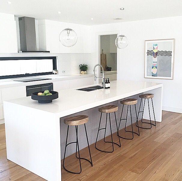 Kitchen Island Kickboard: Contempory Kitchen