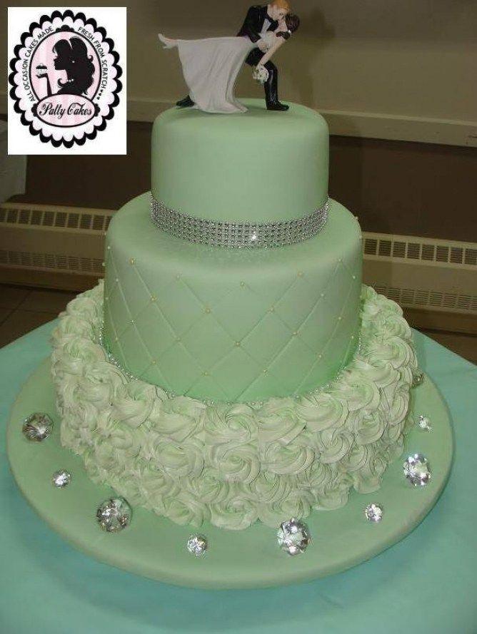 Green Wedding Cake Idea In 2017 Bella Wedding In Green And Silver Wedding Cakes