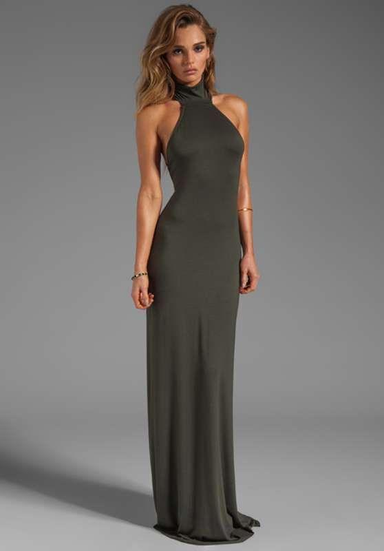 elegantes y modernos vestidos largos de fiesta con escote en la espalda http