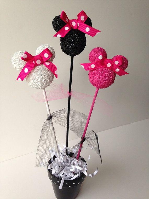 78 images about mickey minnie mouse party on pinterest for Polka dot party ideas