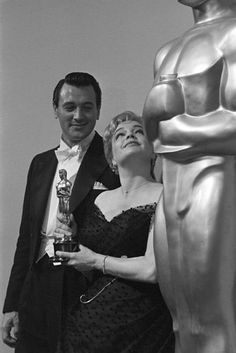 The Annual Academy Awards: Rock Hudson with Simone Signoret, Best Actress  1960