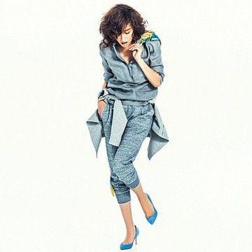 デニム風スウェットパンツでカジュアルに。スウェットパンツのコーデ・スタイル・ファッション☆