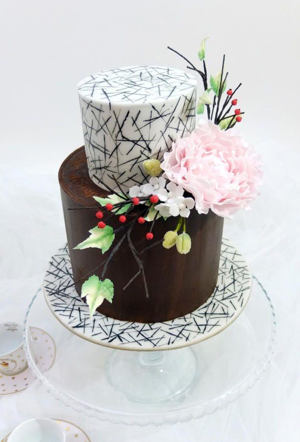 Ganache Cake Decorating