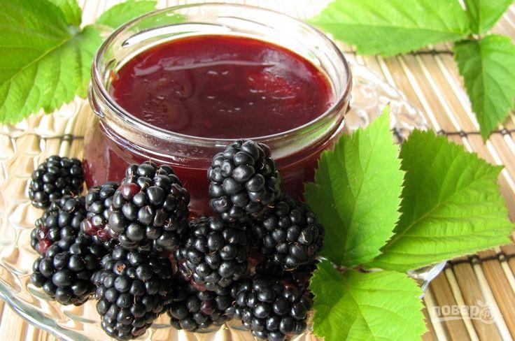 Время приготовления: 10 ч. 0 мин Шелковица обладает замечательными лечебными свойствами. Ее сок рекомендуют употреблять людям, которые больны диабетом, а также схожими болезнями. Узнайте, как приготовить бекмес из шелковицы. Описание приготовления: Бекмес из шелковицы (или тутовника) готовят из переспелых ягод, с которых предварительно следует отжать сок, чтобы затем варить его в широкой посуде, помешивая деревянной …
