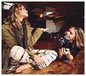 mary kate and ashley olsen winning london | 2001 - Winning London - mary-kate-and-ashley-olsen Photo