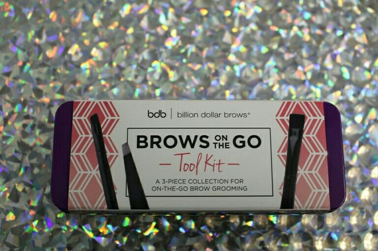 Hint of A Tint Mascara. #billiondollarbrows #browmascara #browproduct #browsonthego  #brows www.Fayrebeauty.com