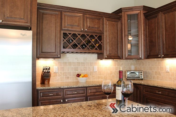 How to Create a Custom Wine Hutch in Your Kitchen #winestorage