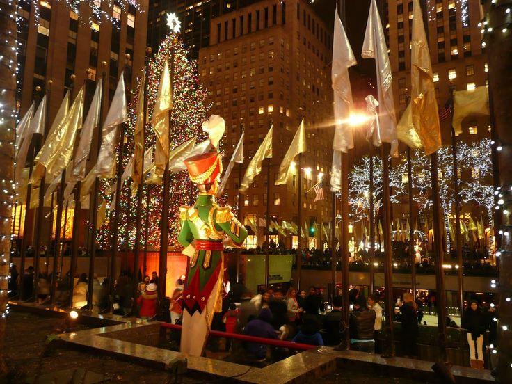 New York during Christmas Christmas tree and musical