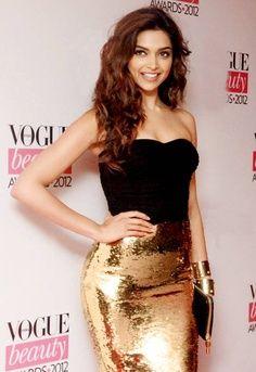 bollywood, deepika padukone, Vogue, skirt, sequin, golden, black top, off shoulder, tube