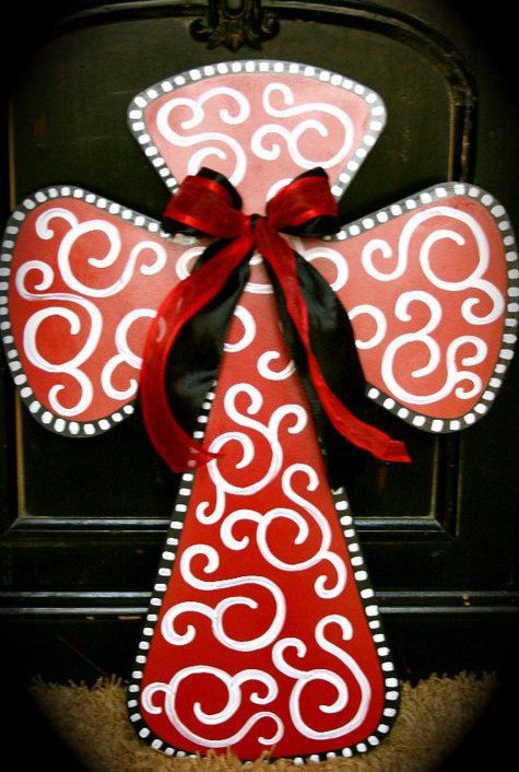 Painted cross.. Love this! Good idea to do for Christmas: Hands Paintings Crosses, White Crosses, Good Ideas, Diy Paintings Crosses, Front Doors, Paintings Christmas Crosses, Beautiful Crosses, Crosses Wall, Christmas Burlap Doors Decor