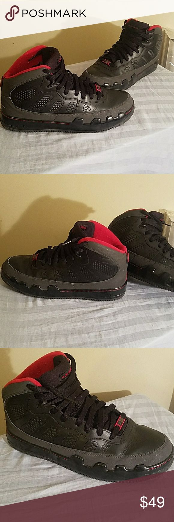 Air Jordan Black Suede Leather 352753 061 Shoes Air Jordans size 11 black and red suede Black charcoal red leather basketball shoes.  Style number 352753 061 Great pre owned shape but a small cut on back heel, see last pics.  Otherwise like new. Air Jordan Shoes