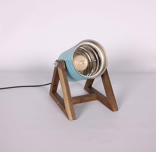 lapetitemaison | Catálogo Lámpara de mesa, confeccionada con lata reciclada y base en madera de Roble o Roble Ahumado recuperado...para más información lapetitemaisonlabart@gmail.com