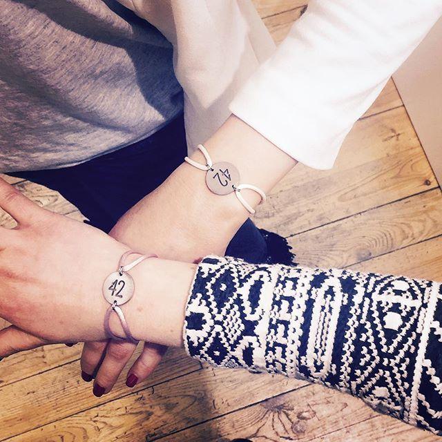 On a pas choisi d'être stéphanoises, on a juste eu de la chance !  Retrouvez les bracelets 42 chez @n31_saint_etienne !  #bracelet #bracelets #braceletsoftheday #42 #loire #sainté #saintetienne #saintétienne #saint_etienne #boutique #n31 #n31_saint_etienne #nouvellecollection #printempsete2016 #springsummer2016 #cordon #couleur #weekend #shopping #bijoux #bijouxlovers #igersaintetienne #stephanois #stephanoise