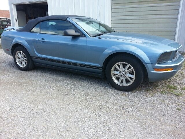 2005 mustang for sale in Saint Peter Illinois