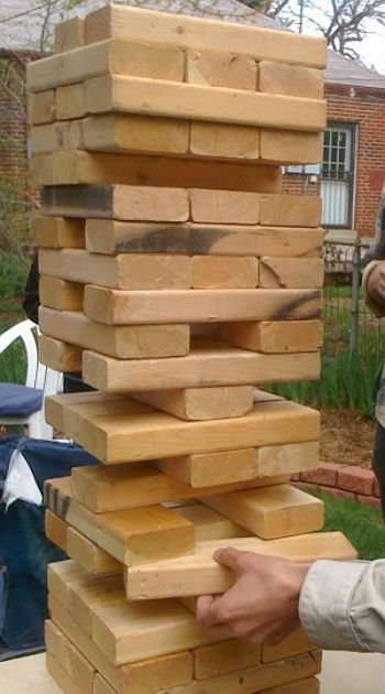 DIY Summer Lawn Games: Big Jenga. Thanks @Casey Keasler!