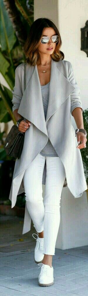 A casual outfit in white. Love the shoes and jacket.
