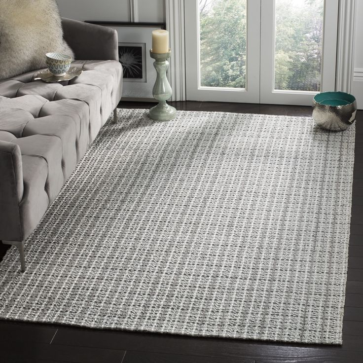 Safavieh Handmade South Hampton Basketweave Silver Rug (4' x 6'), Size 4' x 6' (Polyester, Geometric)