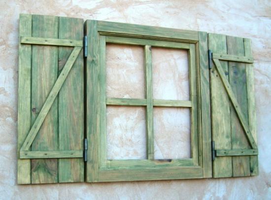 ventana de madera para convertirla en de cocina