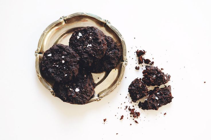 Choclate chip cookies with black beans.