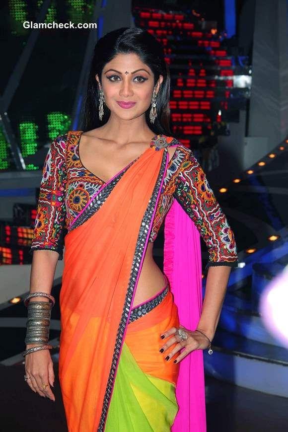 Shilpa Shetty in Nishka Lulla http://Nisshk.com/ Color Block Saree w/ Tribal Embroidered Blouse on Nach Baliye 6, Dec, 13