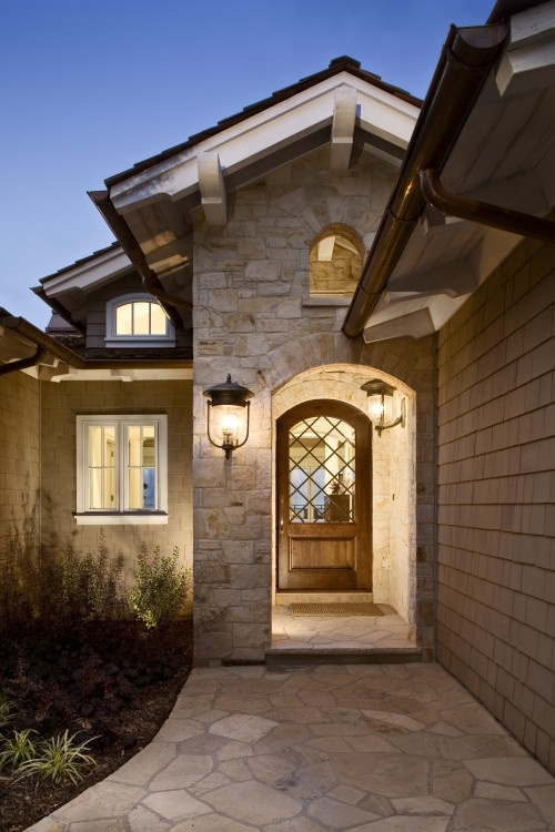Pretty Arched Door Compliments The Entry Such An Elegant Welcome Doors Entrys In 2019 Way Design Stone Exterior Houses