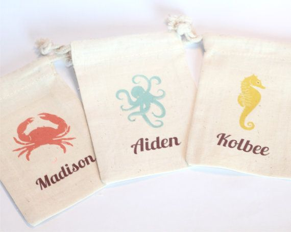 SEA LIFE - Custom Favor Bags - Set of 10 - Crab - Seahorse - Octopus - Nautical party - Choose Design - Size - Text