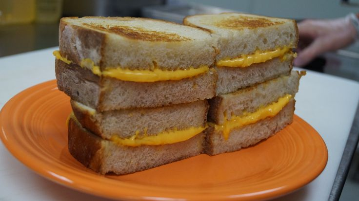 How to Make the Perfect Grilled Cheese Sandwich, According to Melt Bar and Grilled