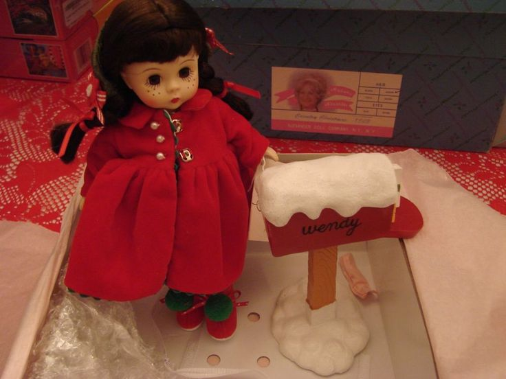"""Madame Alexander Wendy 8"""" Doll Sending Christmas Cheer With Mailbox Accessories  #MadameAlexander #DollswithClothingAccessories"""