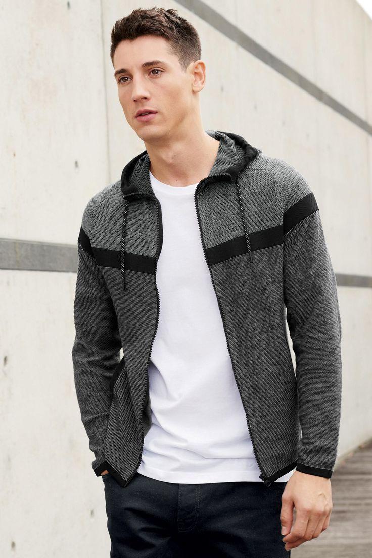 Buy Black jeans with elastic design at Next Espa�a